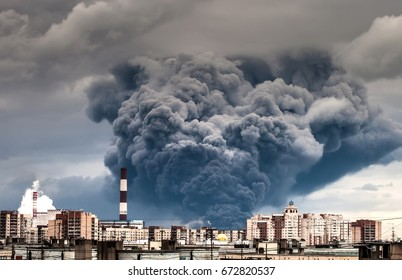 A major fire. effects of fire. The smoke from the fire over the city.