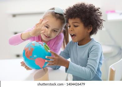 Machen Sie die Welt zu einem besseren Ort. Kinder in der Vorschule.