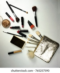 Makeup set tip out of the bag