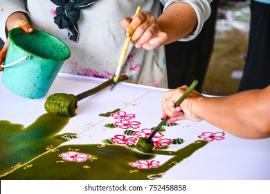 Making Batik, painting traditional batik