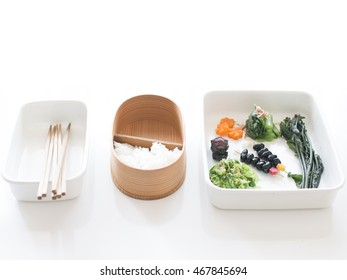 making a bento in the lunch box
