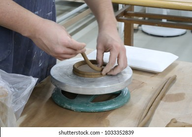 making a bowl with a coiling technique