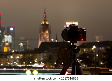 making photo from skyline frankfurt at night