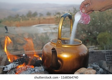 Making tea with suger by jordanian tradional