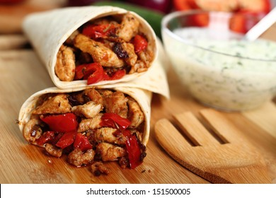 Making Tortilla with chicken and bell pepper. Series.