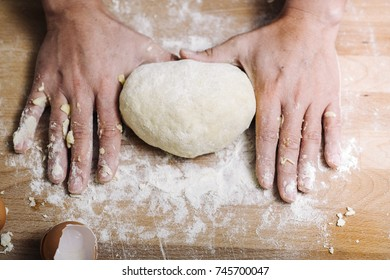 Making of the traditional italian pasta dough