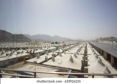 MAKKAH, SAUDI ARABIA - APRIL 24, 2016 : Hundreds Of Tents To Be Used For Hajj Pilgrimage In Mina