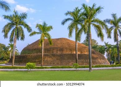 Makutabandhana or Stupa of Alahana (Angara) or Ramabhar, Buddha's cremation place, Kushinagar, India