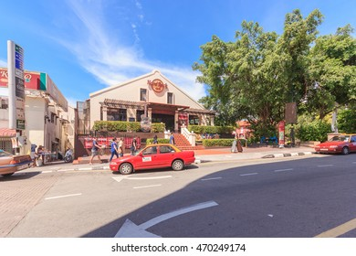 MALACCA, MALAYSIA - AUGUST 12, 2016: Jonker street in Malacca. Malacca City is the capital city of the Malaysian state of Malacca. It was listed as a UNESCO World Heritage Site on 7 July 2008