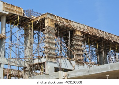 MALACCA, MALAYSIA  ?? SEPTEMBER 03, 2015: Column form work made from timber and plywood fabricated at the construction site by workers.