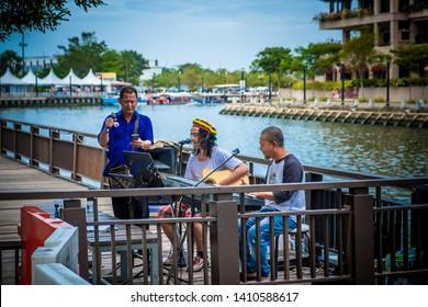Malacca river, Malacca. - March 13, 2018 : Street busking near Malacca River
