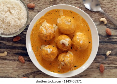 Malai kofta is a creamy and delicious vegetarian curry. Deep fried kofta is cooked with delectable creamy gravy.