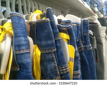 MALAYSIA, 12 OCTOBER 2019:Jeans.Wearing tight or skinny jeans has been a staple for young people today whether they are skinny or big.Some are even able to narrow down their trousers to desired size.