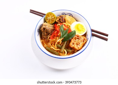 Malaysian curry chicken laksa noodle