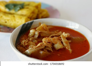 Malaysian Net Bread/Crepes (Roti Jala) with Chicken Curry