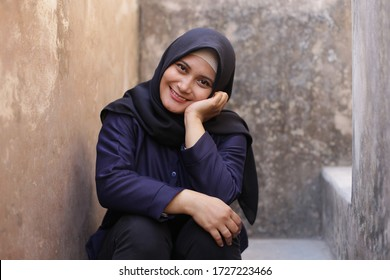 malaysian people woman hijab happy smiling with black shirt