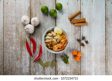 malaysian prawn noodle flat lay with spices