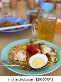 Malaysia's mee rebus served in hawker centre.