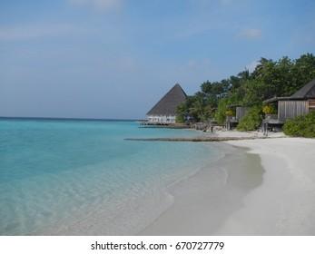 Maldives beach line