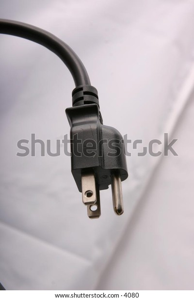 male end of electrical cord