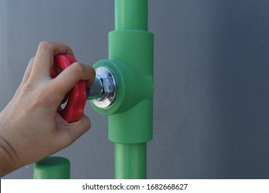 Male hand turning valve which connected to ppr pipe, water supply for house and building.