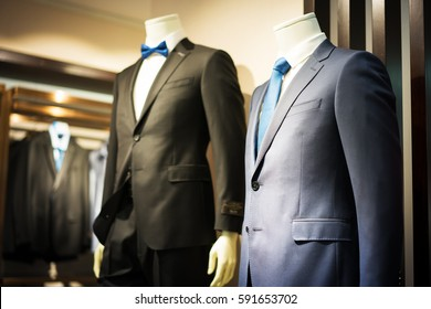 b8aa2e079df Male Mannequin Formal Wear Fashion Suit Shop Interior, Model In Shopping  Retail Store