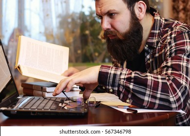 male notebook work bearded