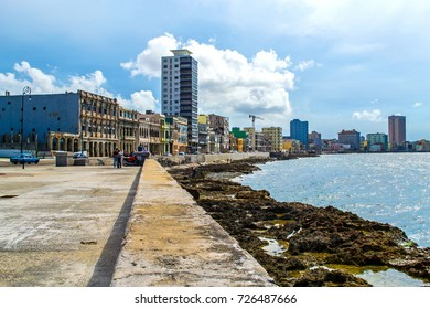 The Malecon (Avenida de Maceo) - La Havana, Cuba - September 2013