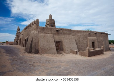 Mali, Timbuktu - August 18, 2016: View to Djingareyber Mosque built in 15th century and recently restored after being placed in UNESCO List of World Heritage in Danger 2012.