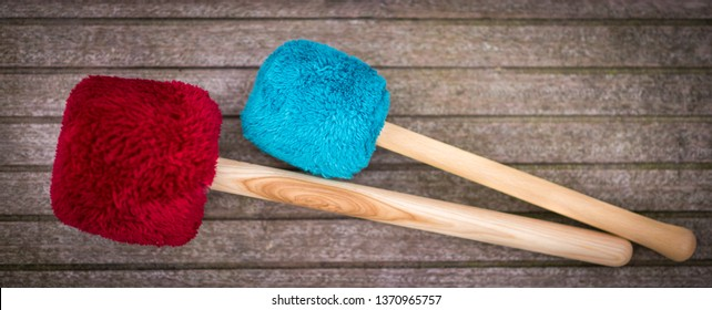 Mallets for gong meditation, gong meditation. Selective sharpness