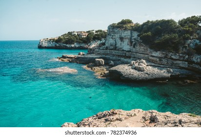 Mallorca Island is the largest of the Balearic Islands, which belongs to Spain. You will find many sandy beaches and a pleasant Mediterranean climate that is ideal for a pleasant holiday.