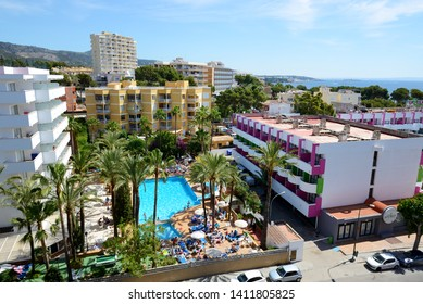 MALLORCA, SPAIN - MAY 29: The tourists enjoiying their vacation in hotel on May 29, 2015 in Mallorca, Spain. Up to 60 mln tourists is expected to visit Spain in year 2015.