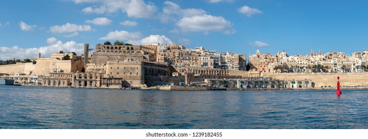 Malta grand harbour skyline panorama