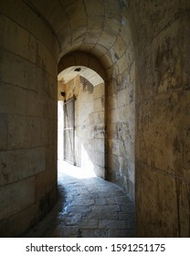 Malta, Valletta, narrow and dark aisles between buildings