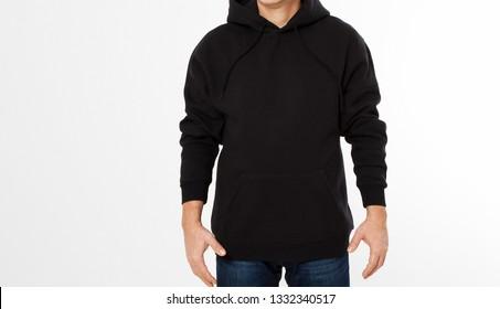 Mann in schwarzem Sweatshirt, schwarze Hoodies vorne einzeln, Mock up, Kopienraum beschnitten Bild