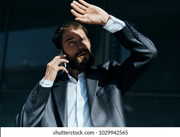 man, businessman, talking on the phone