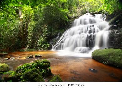 Man Daeng Waterfall, Phu Hin Rong Kla; National Park at Phitsanulok, Thailand