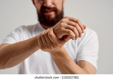 the man dislocated his beard