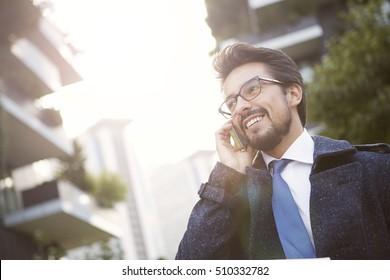 Man doing a phone call