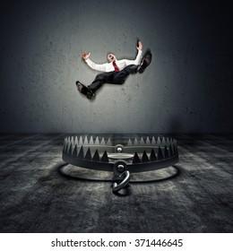 man fall in a 3d  trap