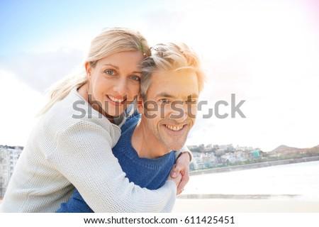 middelbare leeftijd dating advies Christelijke dating bureaus in Londen