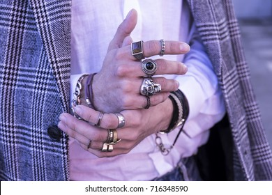 Man hands with accessories - Trendy fashion rings