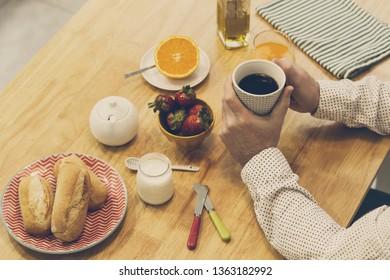Man having a natural breakfast