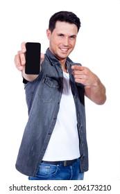 man hold samrtphone