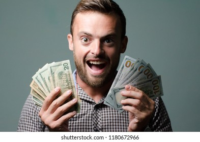 man keeps the money of emotion