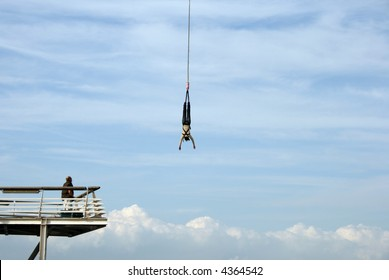 Bungee Jumping Girl Images, Stock Photos & Vectors