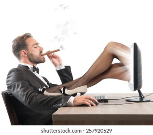 Man looks erotic sites of beautiful girls