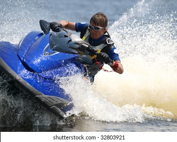Man on WaveRunner turns very fast