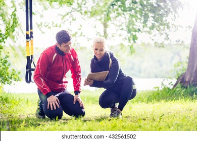 Man with personal trainer at debriefing