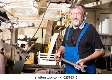 the man in the production near the machine